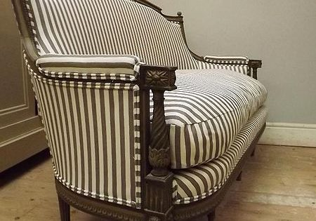 450px-Settee_ticking_fabric_upholstery